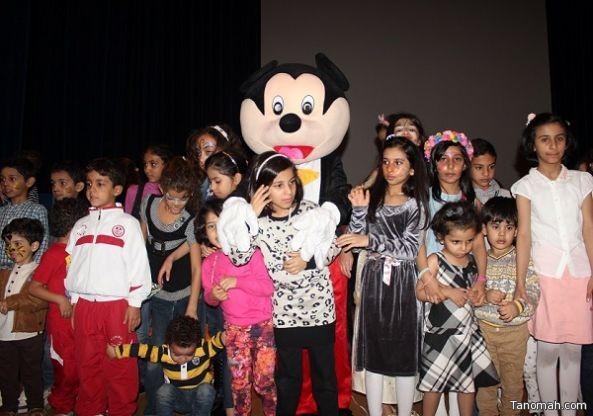 جامعة الملك خالد تحتفل بـأكثر من 150 طفل في يومهم العالمي