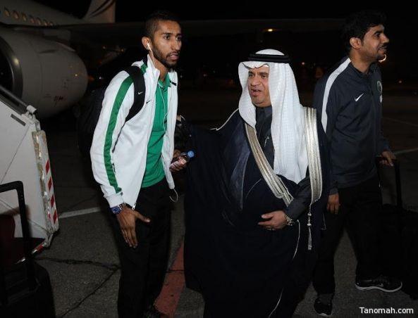 بالصور .. بعثة الأخضر تصل إلى الأردن استعداداً لمواجهة فلسطين