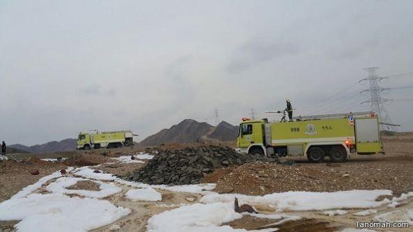 مدني محايل عسير يسيطر على حريق ناقلة أنابيب غاز صاحبه انفجارات