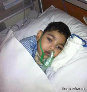 الطفل أحمد العمري في انتظار أمر العلاج