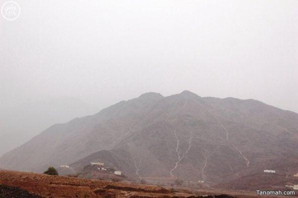 #أمطار متوسطة على محافظة #محايل_عسير