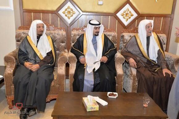 الدكتور ظافر الشهري يحتفي بزواج ابنه عبدالله