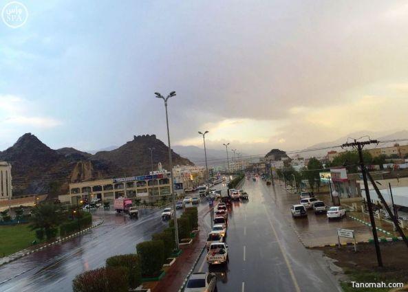 أمطار على محايل ورجال ألمع