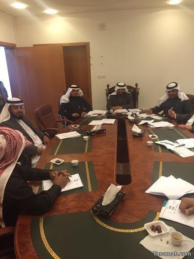 المجلس البلدي بمركز بني عمرو يعقد اجتماعه الثاني