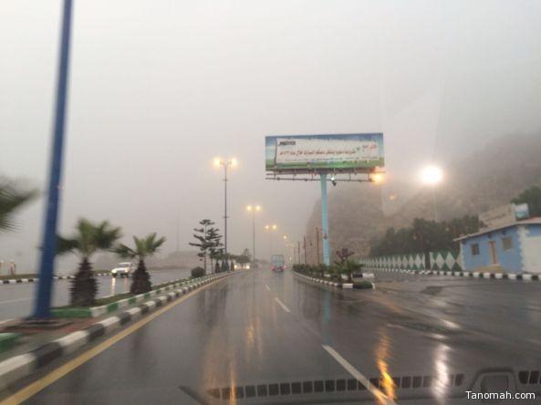بالصور: أمطار على محافظة تنومة