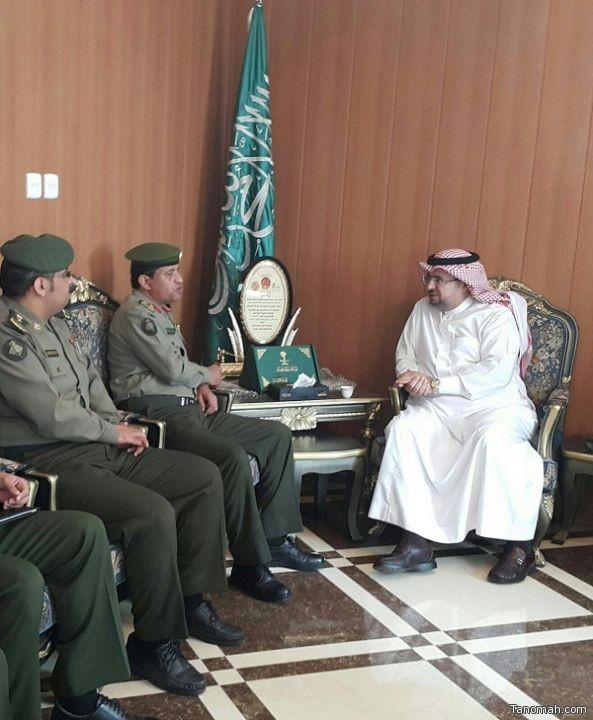 مدير جوازات منطقة عسير يتفقد إدارة  جوازات محافظة محايل عسير ويلتقي المحافظ