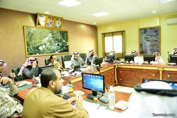 لجنة الخدمات الصحية والاجتماعية بمجلس منطقة عسير تجتمع بصحة المنطقة
