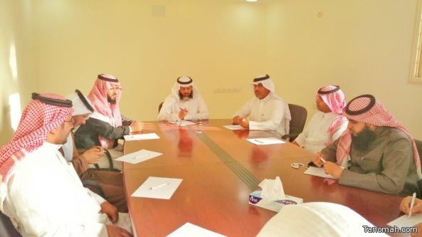 لجنة التنمية الاجتماعية بـ #تنومة تبحث الخطط وتنفيذ مشاريعها لهذا العام 1437