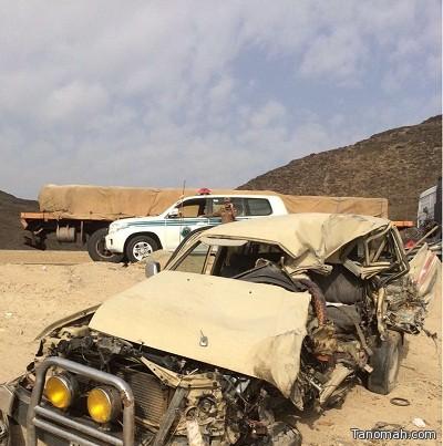 وفاتين واصابة في حادث تصادم ببيشة