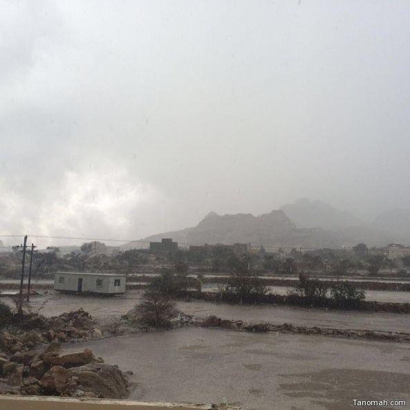 بالفيديو: أمطار غزيرة على #تنومة