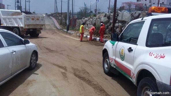 بالصور: بلدية #النماص تستنفر فرقها لمواجهة الأمطار