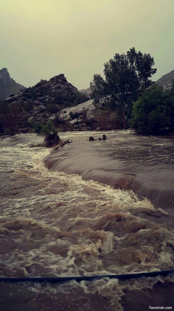 أمطار على #تنومة وحالة إستنفار قصوى في المحافظة