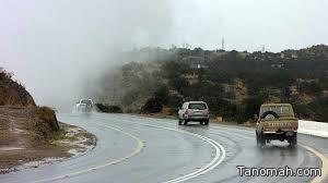 الأمطار تواصل هطولها على منطقة عسير ما بين المتوسطة والخفيفة