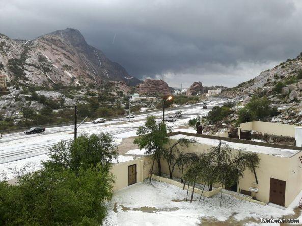 بالصور:أمطار وبرد على محافظة #تنومة