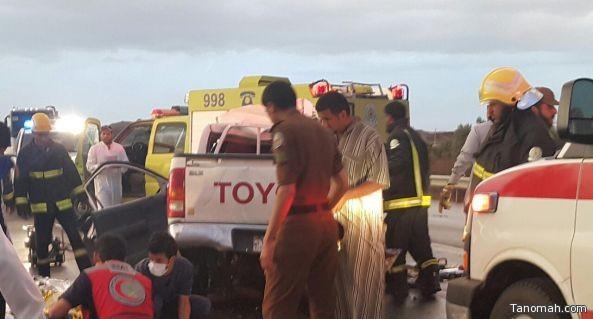 حادث مروري ينهي حياة عائلة على طريق #بيشة #خميس_مشيط