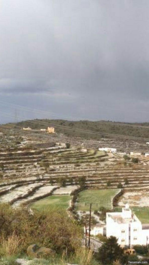 هطول أمطار الخير والبركة على عدة محافظات عسير اليوم