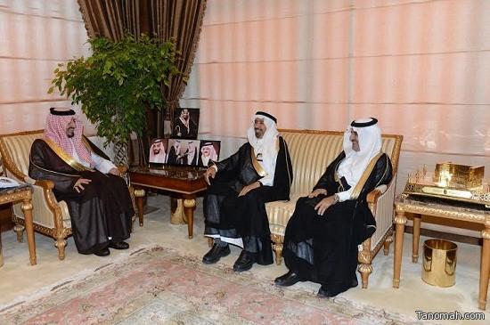أمير عسير يستقبل رئيس مجلس  إدارة الشركة السعودية  للكهرباء