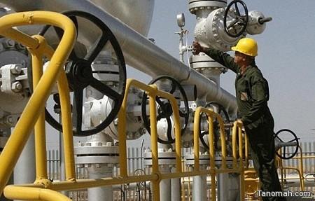 النفط يهبط بفعل مخزونات أمريكية قياسية