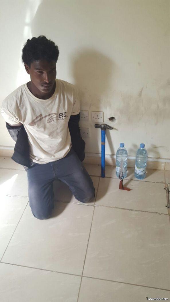 «شرطة عسير» تطيح بمروج مخدرات أثيوبي