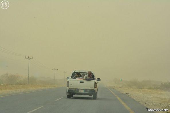 موجة غبار على محافظات رجال ألمع ومحايل والمجاردة وبارق