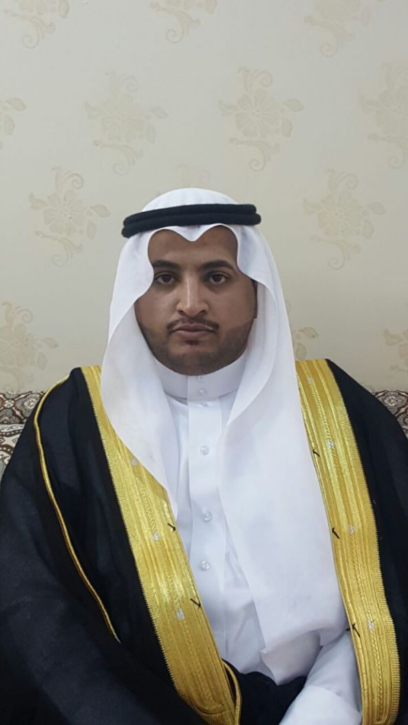 الشاب عبدالر حمن بن عوضه يحتفل بعقد قرانه