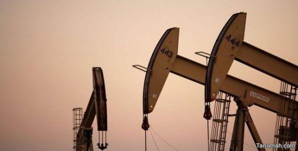 انخفاض أسعار النفط قبل نشر بيانات مخزونات الخام الأمريكية