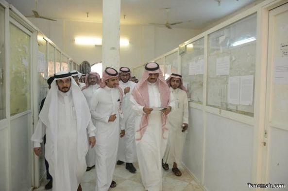 مدير جامعة الملك خالد يزور مصابي الحد الجنوبي بمستشفى ظهران الجنوب