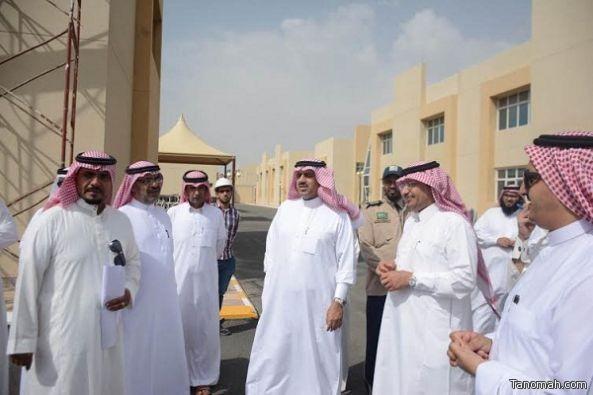 """مدير جامعة الملك خالد يؤكد على ضرورة """"اختبار"""" المباني الجديدة لضمان السلامة"""