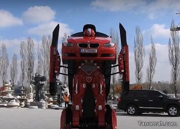 مهندسون ينجحون في تحويل سيارة BMW إلى روبوت