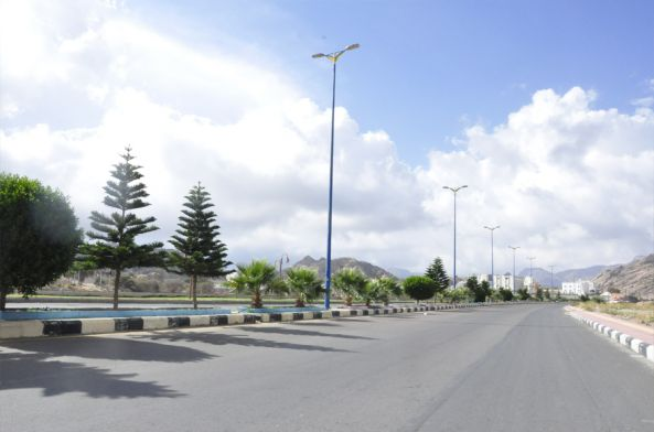 بلدية #تنومة تبدأ مشروع كشط وسفلتة الشارع العام