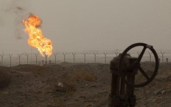 هبوط أسعار النفط بسبب زيادة الإنتاج رغم تخفيض مزمع من قبل أوبك