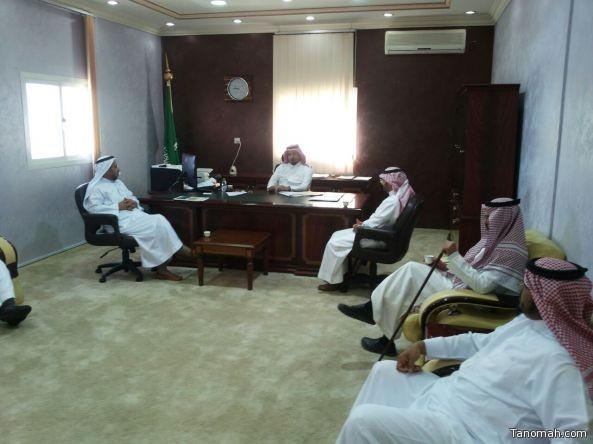 المجلس البلدي بـ #تنومة يعقد جلسته الاعتيادية لشهر محرم ١٤٣٨