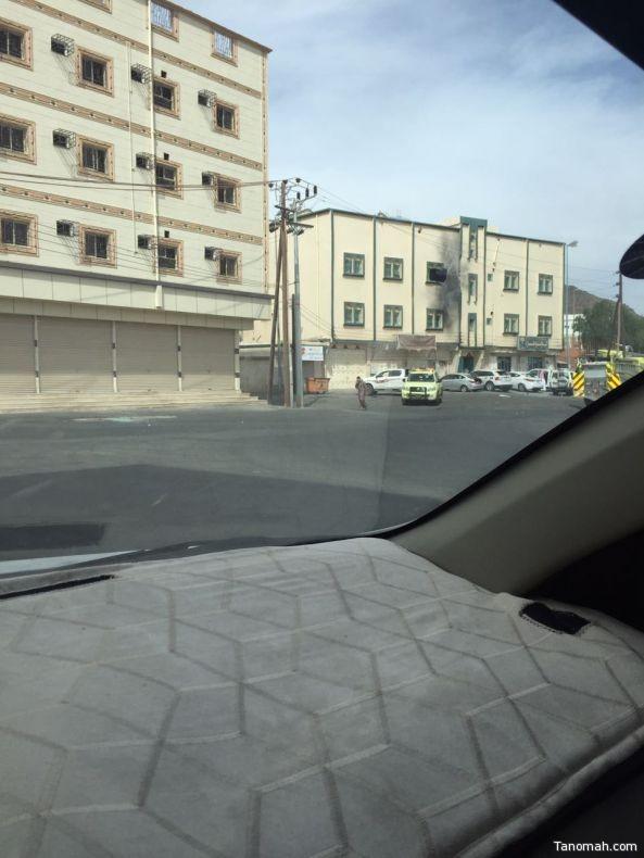 سقوط مقذوف عسكري من الاراضي اليمنية على #ظهران_الجنوب يصيب 13 مواطنا ومقيم