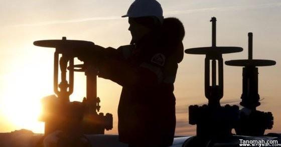 النفط يهبط بعد صعود قوي بسبب زيادة المخزون الأمريكي