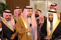 سعادة محافظ مدينة بقيق/ عبدالرحمن الشهري في مقدمة مستقبلي سمو نائب أمير المنطقة الشرقية.