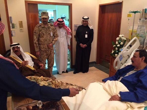 سمو وزير الحرس الوطني يطمئن على صحة اللواء الشهري