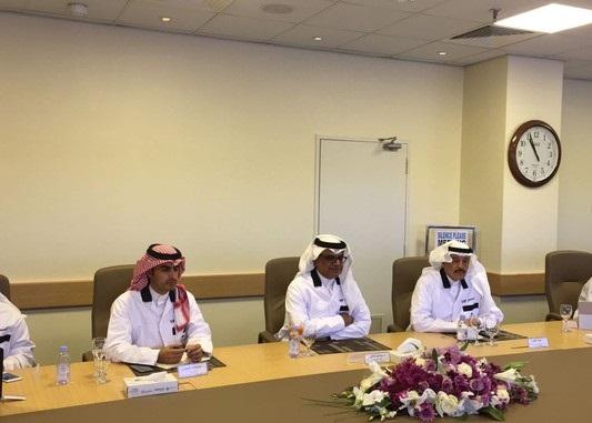«العمل» و«الخطوط السعودية» تستعدان لتوطين قطاع التموين