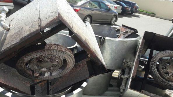 بلدية #تنومة تصادر عدد من الأواني الغير صالحة للإستعمال