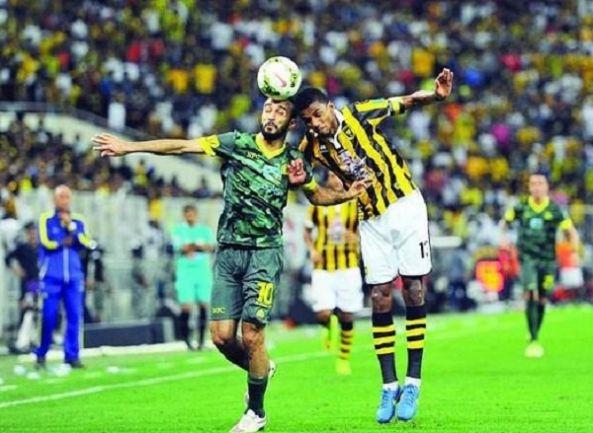 النصر والاتحاد يطالبان بطاقم تحكيم أجنبي لإدارة نهائي كأس ولي العهد