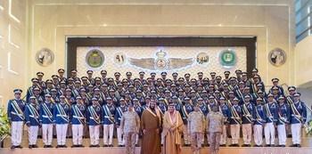 خادم الحرمين يرعى حفل كلية الملك فيصل الجوية وتخريج الدفعة 91