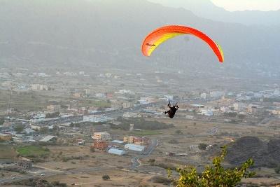 إنطلاق فعاليات بطولة #محايل الأولى للطيران الشراعي