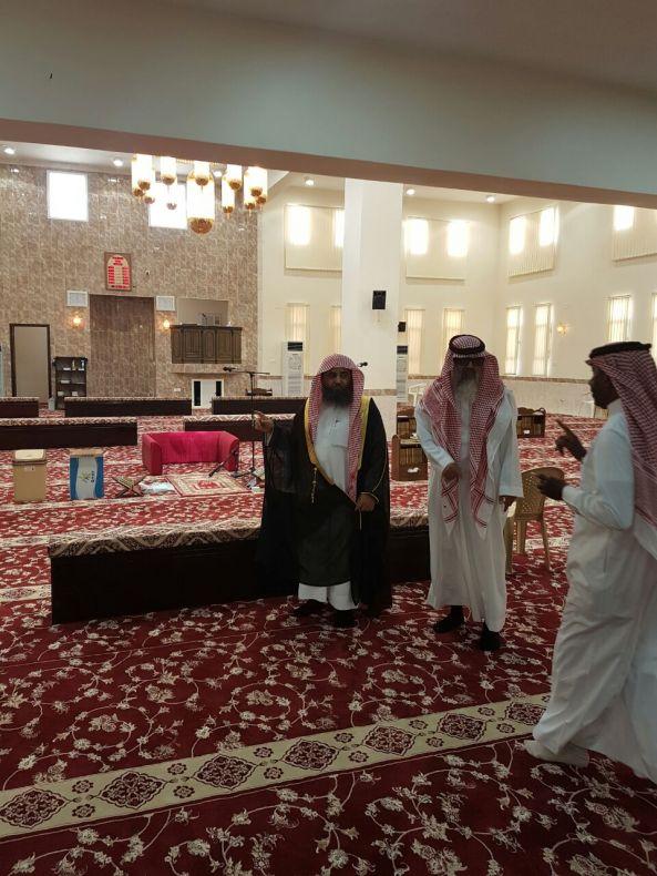 مدير الشؤون الإسلامية بعسير يتفقد إدارة المساجد والدعوة بـ #بيشة