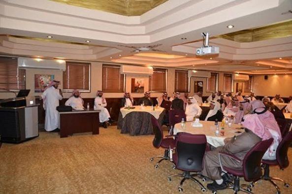 عقد اللقاء الأول ( لوحدة التوعية الفكرية - حصانة ) لجميع قادة المدارس