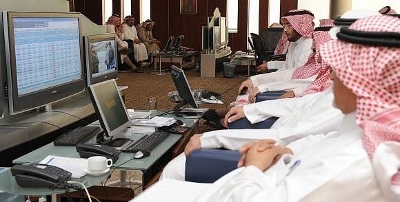 مؤشر سوق الأسهم السعودية يغلق منخفضاً 49 نقطة