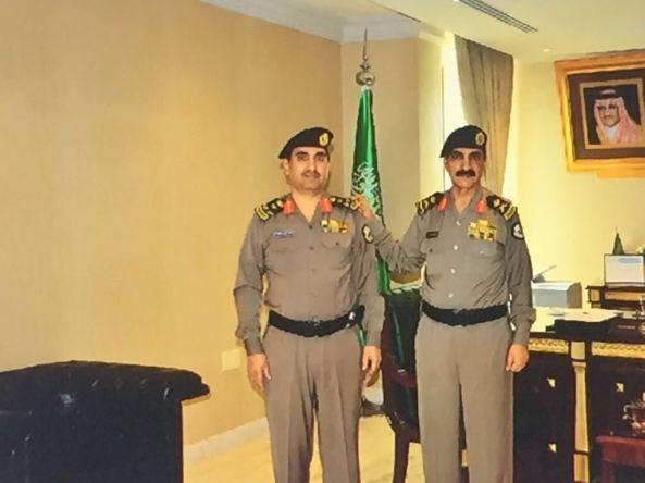 مدير شرطة الشرقية يقلد ظافر الشهري رتبة عميد