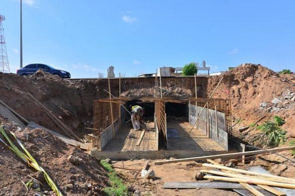 أمانة عسير خمسة مشاريع لأخطار السيول وتصريف مياه الأمطار