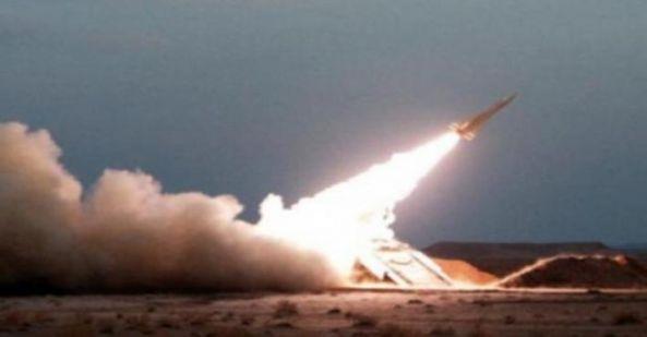 اعتراض صاروخاً باليستياً أطلقته المليشيات الحوثية فوق منطقة غير مأهولة شمال الرين