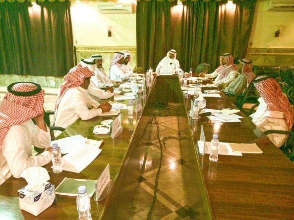 المجلس البلدي بتنومة يعقد جلسته الاعتيادية لشهر رمضان