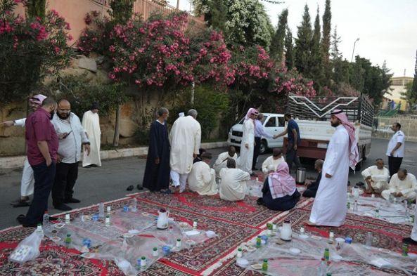 """حفل إفطار رمضاني لنزلاء """"نفسية أبها"""""""