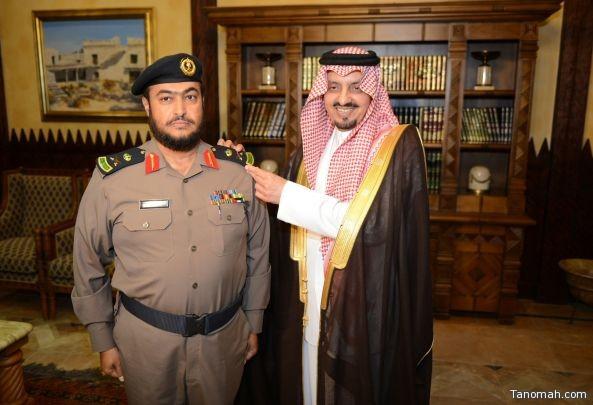 أمير عسير يقلد اللواء السبيعي رتبته الجديدة